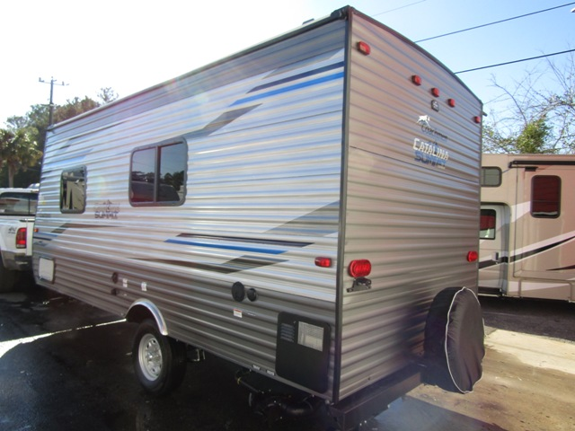 Sold 2019 Coachmen Catalina Summit 172fq